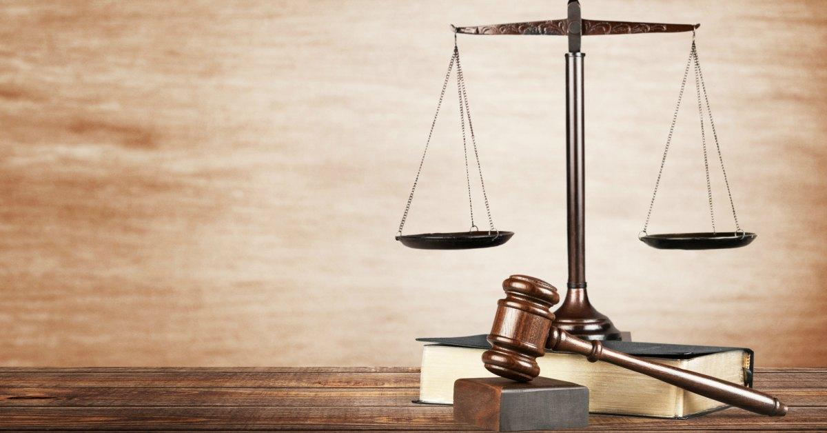 Hamer-weegschaal-justitie