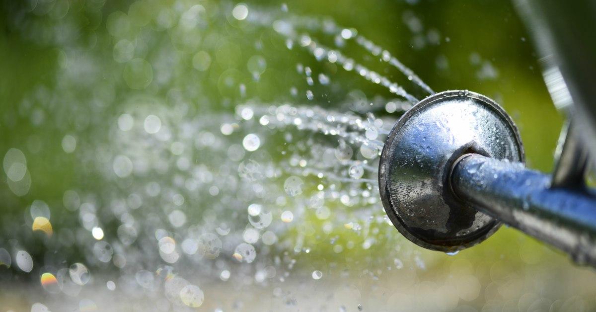 Water-op-terras-gieten