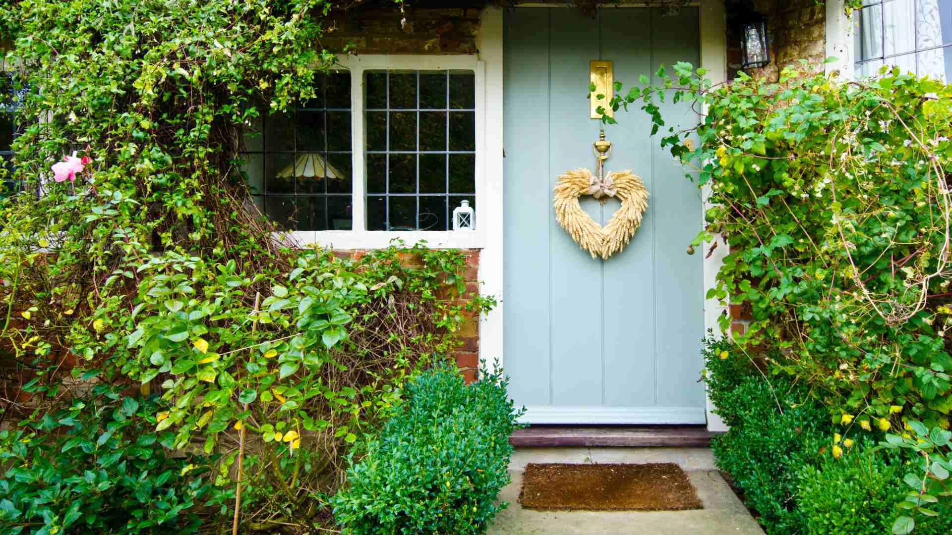Kleine voortuin inrichten 13 foto 39 s voor inspiratie for Huis in tuin voor ouders
