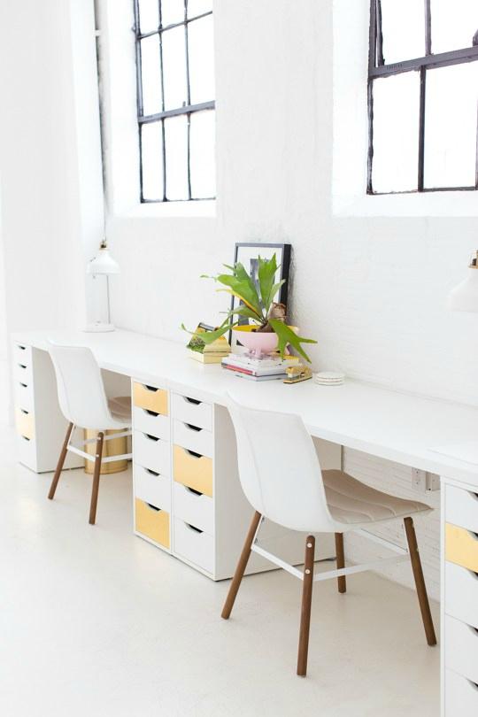Ladenkast-onder-bureau