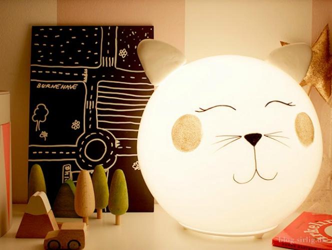 Lamp-met-poezenhoofd