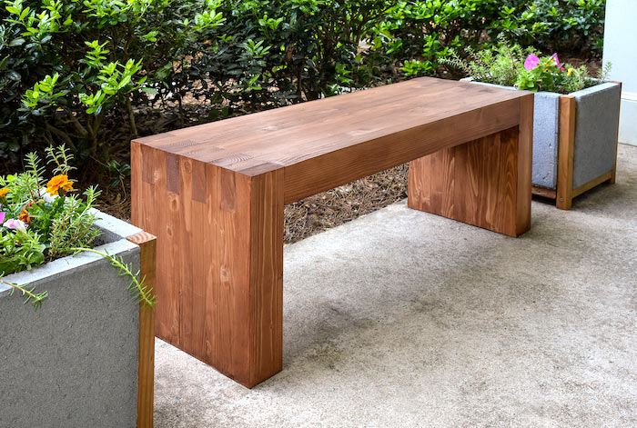 Stevige houten tuinbank