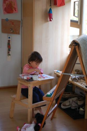 Tafel-voor-kinderen-van-ikea-kruk