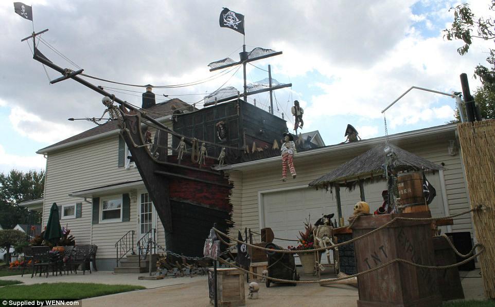 halloween huis piratenschip
