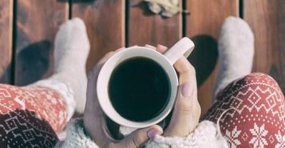 buiten-koffie-drinken-herfst