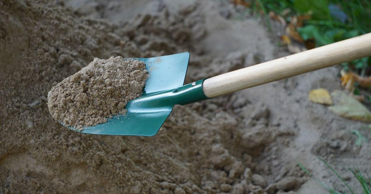 zand in tuin