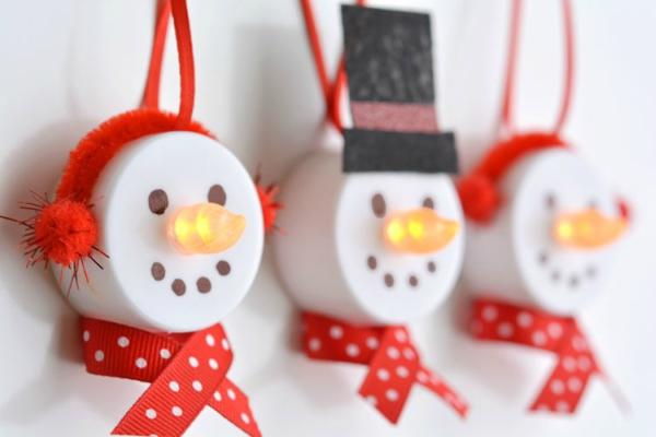 Sneeuwpop-van-kaarsje