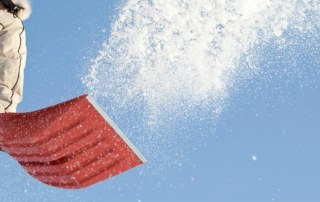 Oprit sneeuwvrij maken