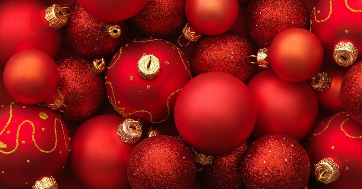 zelf kerststukjes maken kerstbal