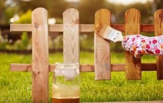 houten schutting beitsen