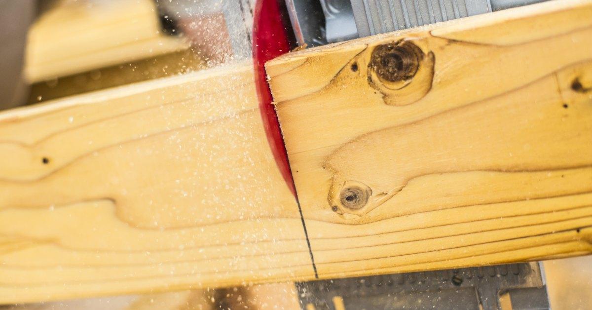 Planken-op-maat-zagen