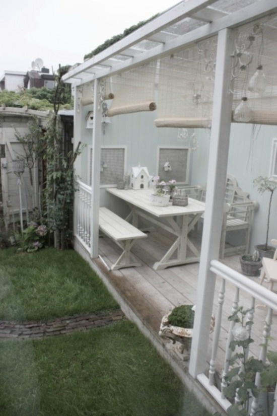 Wit houten tuinkamer