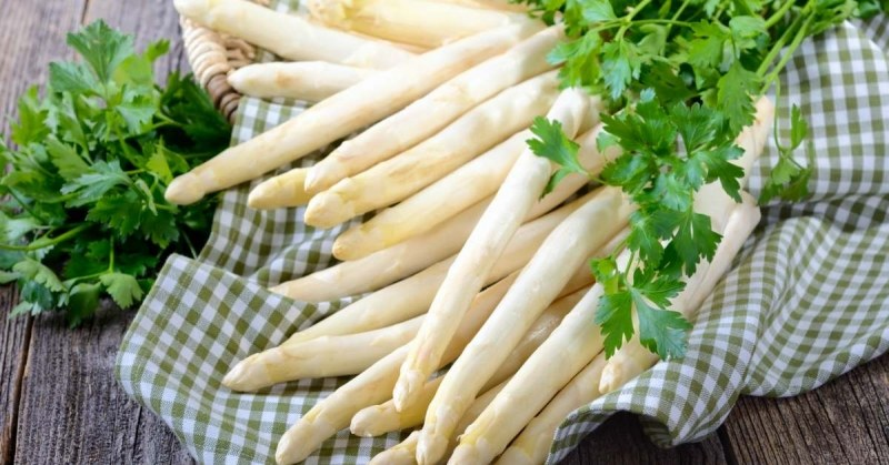 Witte-asperges