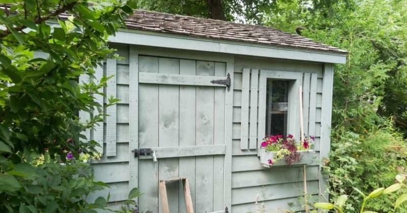 Houten Scheidingswand Tuin : Houten schuur isoleren tuinhuis buitenlevengevoel