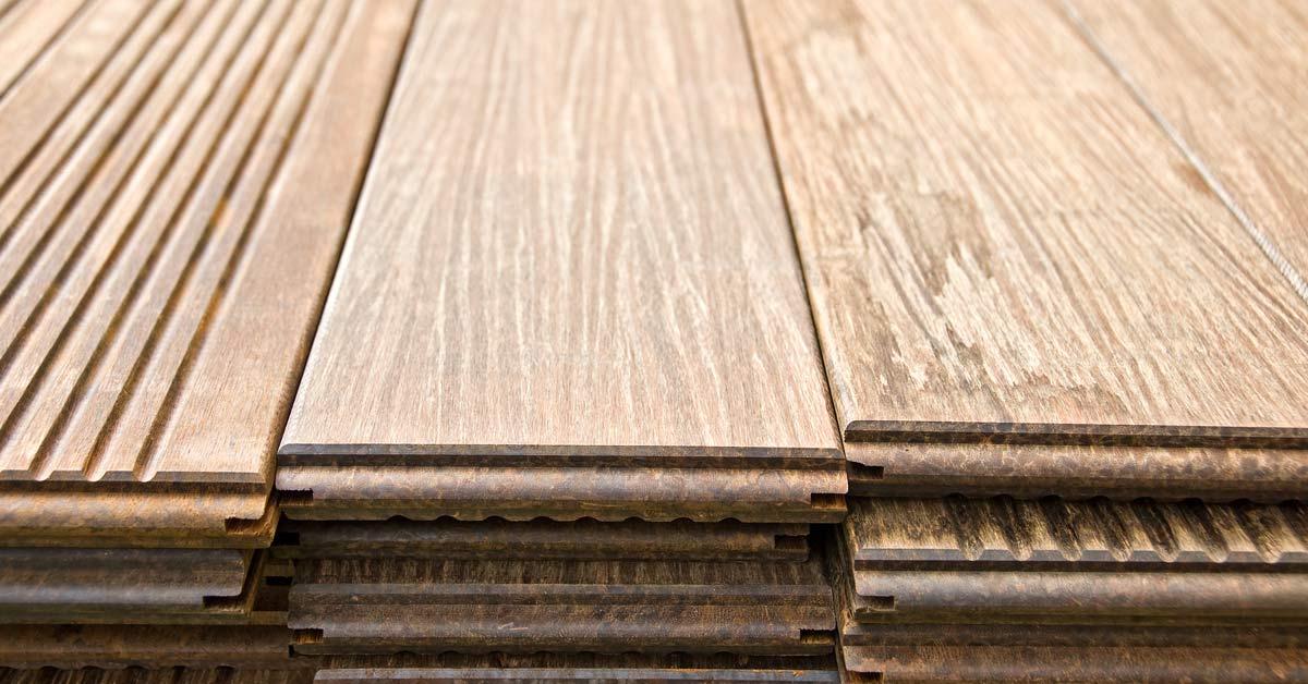 Houten planken tuinbestrating