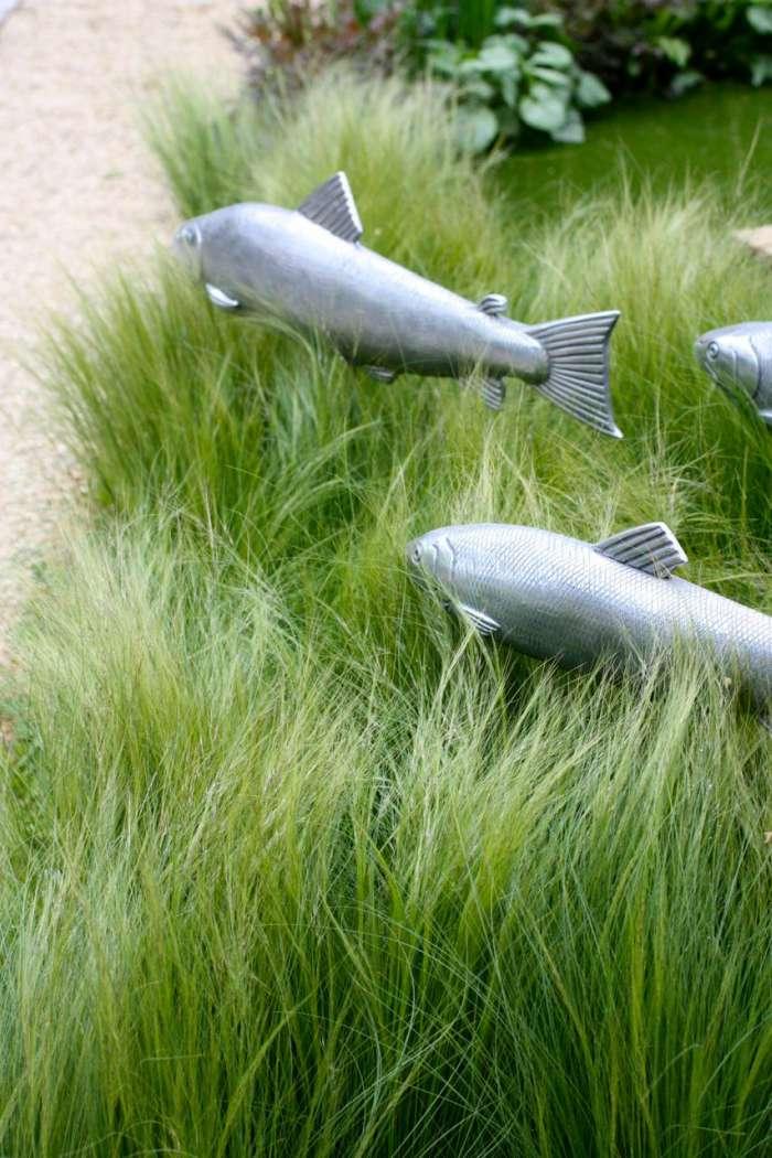 Vissen in gras