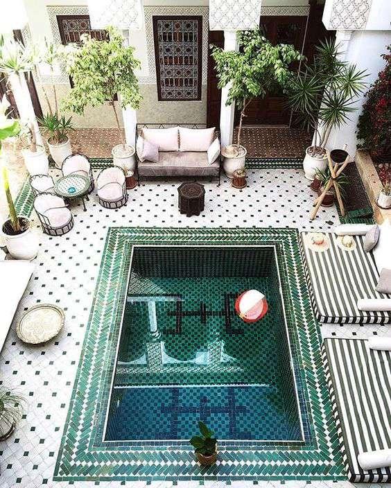Zwembad Marokkaanse stijl