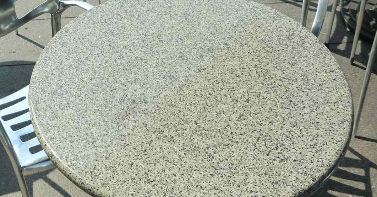 Granieten tuinmeubelen