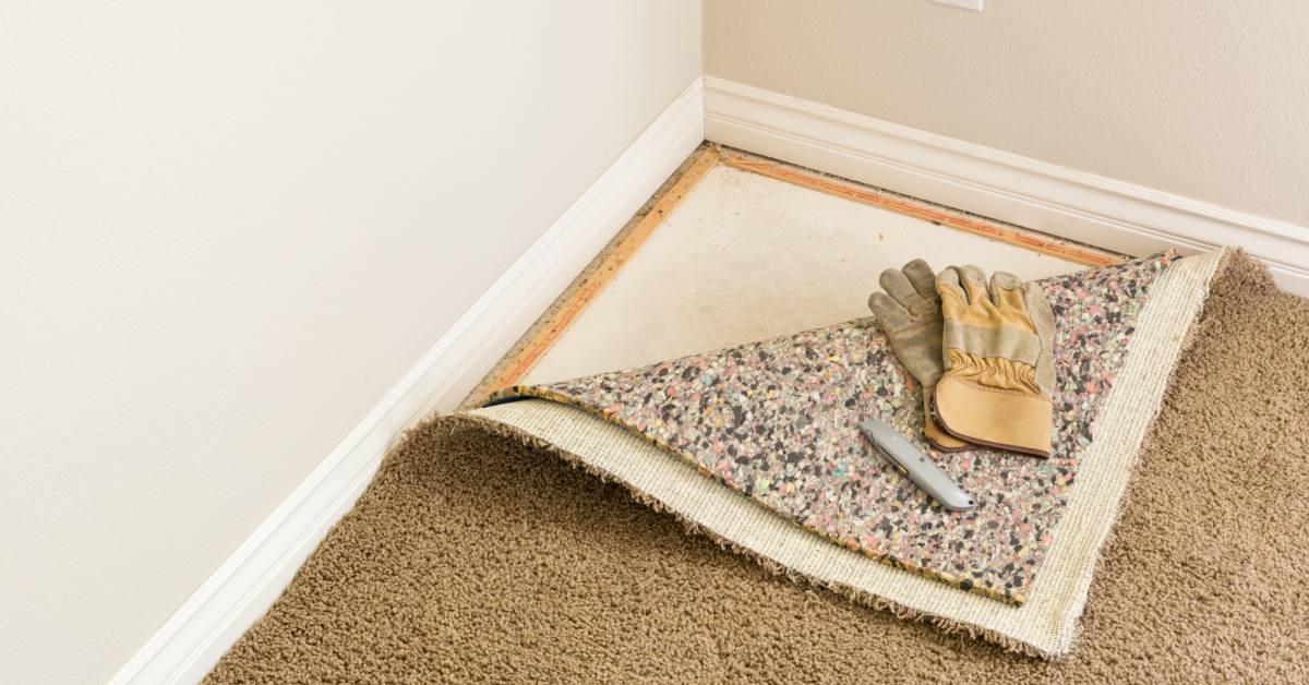Laminaat over tapijt leggen