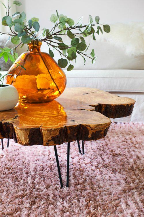 Salontafel van boomstamschijf