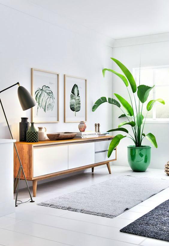 Scandinavisch interieur groene bloempot