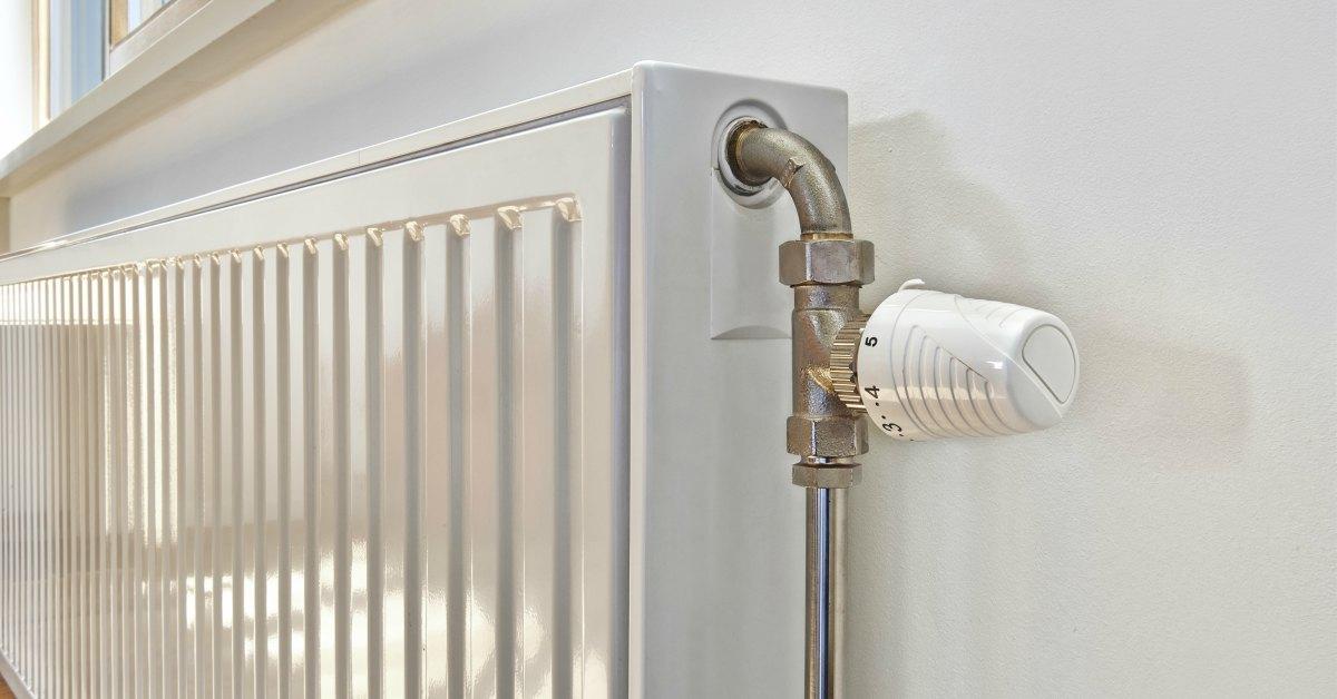 hoe de verwarming ontluchten een tikkende radiator stil krijgt